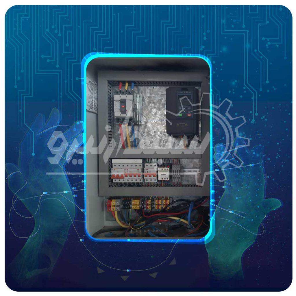 تابلو اینورتر 5.5KW TETA با حفاظت کامل جهت راه اندازی الکتروموتور کوره گردان بابت ذوب فلزات خشک کارخانه ذوب فلزات رنگین اراک شهرک صنعتی خیرآباد